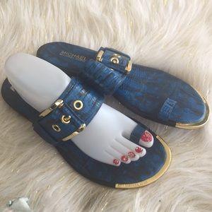 Michael Kor size 91/2 Royal blue